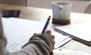 Ministério intimado a divulgar lista das escolas com casos de covid-19