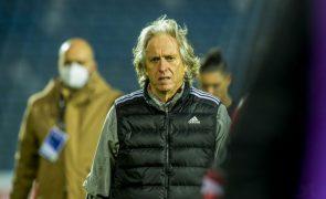 Jorge Jesus recusa responder a críticas de comentadores do Benfica