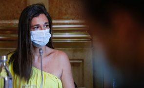 Covid-19: Ordem dos Enfermeiros diz que vacinação