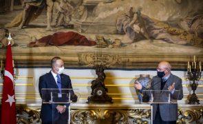 MNE de Portugal e da Turquia condenam incidentes nos EUA e saúdam transição suave de poderes