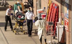 Covid-19: EUA ultrapassa pela primeira vez 4.000 mortes em 24 horas