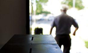 Covid-19: Exceção para voto podia ter incluído lares de idosos - CNE