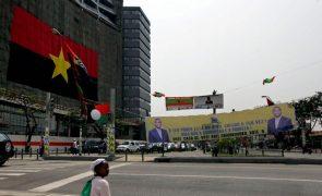 Angola abre concurso para admitir 7.500 auxiliares de limpeza na Educação