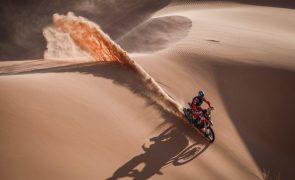 Dakar2021: Barreda vence pela terceira vez mas Price é o novo líder das motas