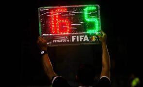FIFA testa substituição adicional por concussão