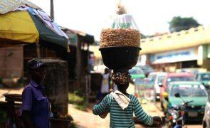 Covid-19: Capital económica da Nigéria enfrenta nova vaga mais mortal