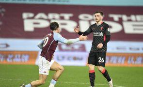 Covid-19: Aston Villa-Liverpool vai realizar-se apesar dos casos positivos nos 'villans'