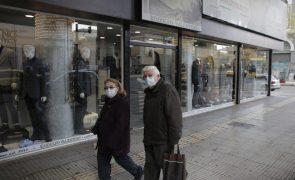 Covid-19: Governo grego prolonga confinamento até 18 de janeiro