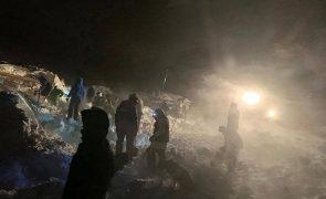 Avalanche em estância de ski russa provoca três mortos e soterra prédios