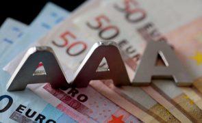 Agência de notação financeira espanhola baixa classificação de Portugal