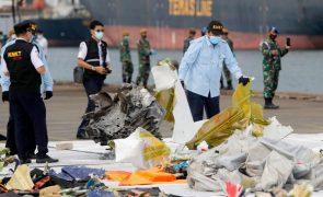 Tripulação de Boeing que caiu ao largo de Jacarta não pediu socorro