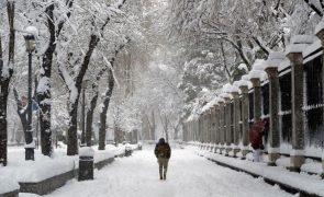Temperaturas mínimas extremas de até 25 graus negativos em Espanha
