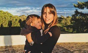 Carolina Patrocínio chora a morte da avó