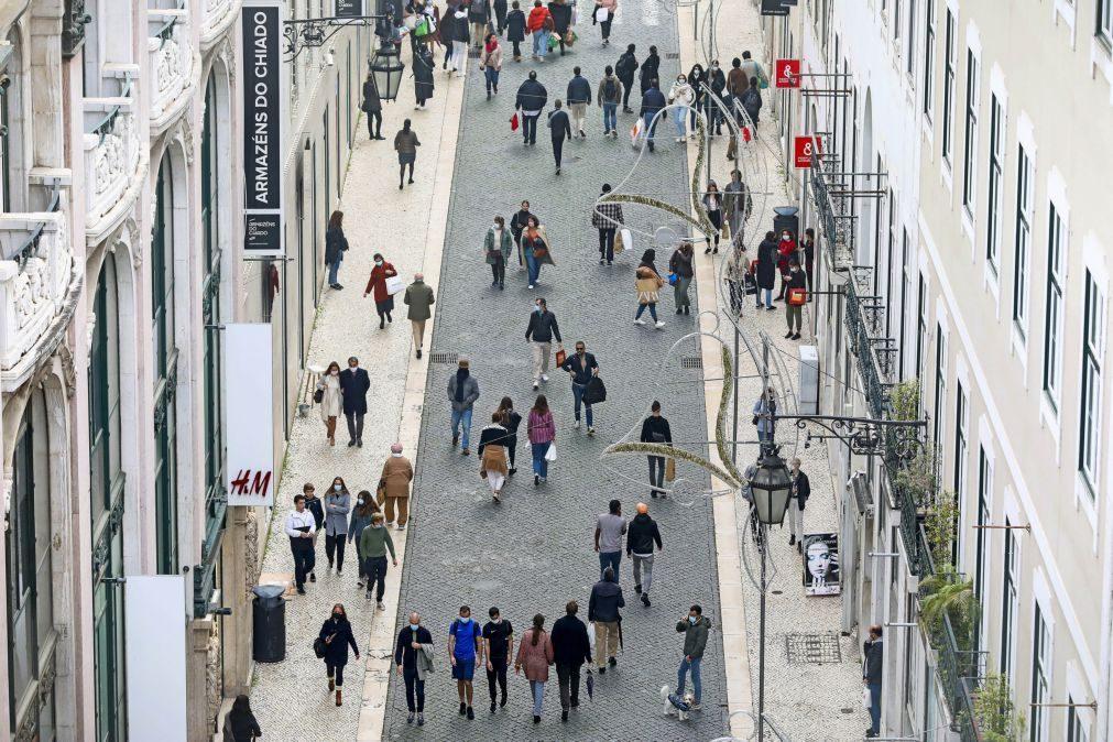 Covid-19: Portugueses reduziram uso de máscara nas últimas semanas