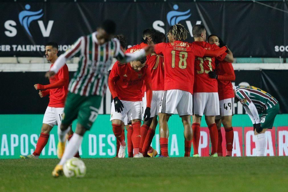 Benfica goleia Estrela da Amadora e passa aos 'quartos' da Taça de Portugal