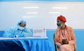 Covid-19: Índia com 202 mortos e 15.968 casos nas últimas 24 horas