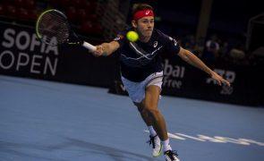 Australiano Alex de Miñaur conquista na Turquia o primeiro torneio de 2021