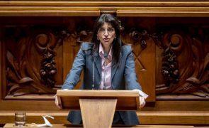 PSD exige à ministra da Justiça