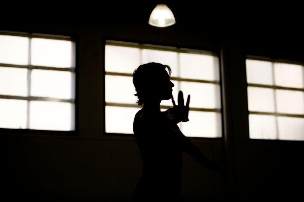 Alunos da Escola Superior de Dança em greve na quinta-feira contra falta de condições