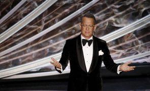 Ator Tom Hanks apresenta emissão televisiva especial na investidura de Joe Biden