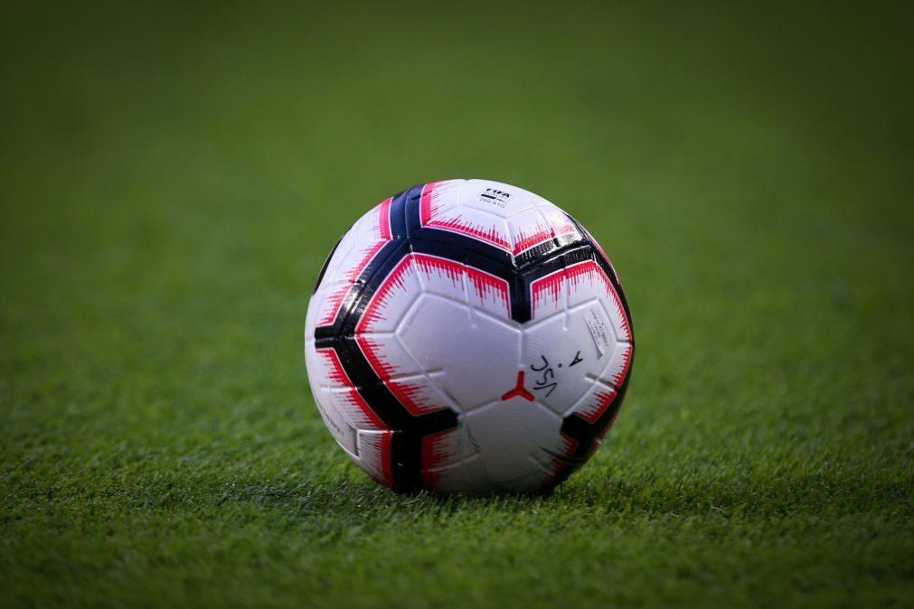 Covid-19: Liga profissional de futebol mantida em atividade