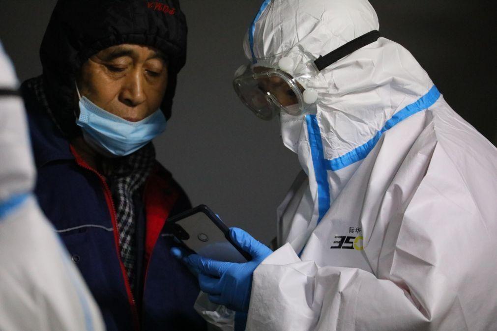 Covid-19: China regista primeira morte em oito meses