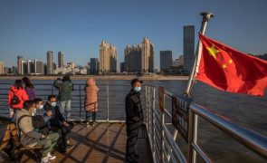 Covid-19: Missão da OMS chega hoje à China para investigar origem do vírus