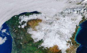 Madrid solicita declaração de zona de catástrofe depois de nevão causar 1.400 ME de prejuízo
