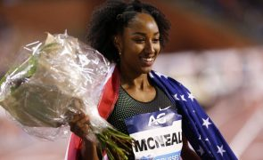 Campeã olímpica dos 100 metros barreiras suspensa por obstrução ao processo antidoping