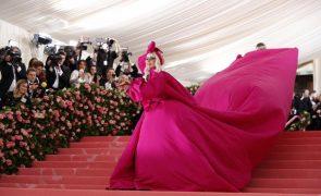 Lady Gaga cantará hino nacional na investidura de Biden