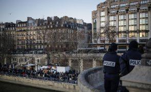 Covid-19: França regista 282 mortos devido ao vírus