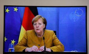 Covid-19: Merkel quer intensificar as restrições na Alemanha