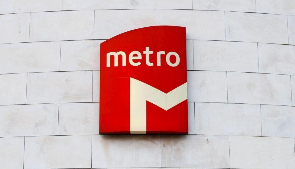 Covid-19: Metro de Lisboa mantém serviço nos dias úteis e reduz carruagens ao fim de semana