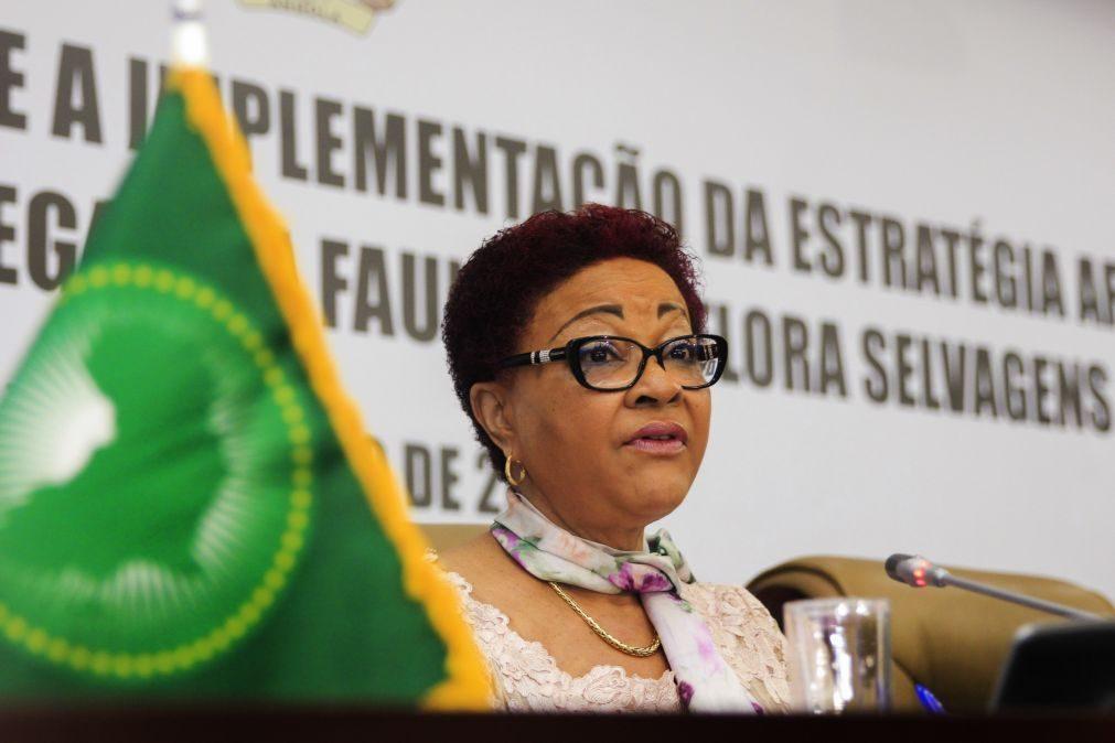 Angolana Josefa Sacko promete prioridade à ação em segundo mandato na União Africana