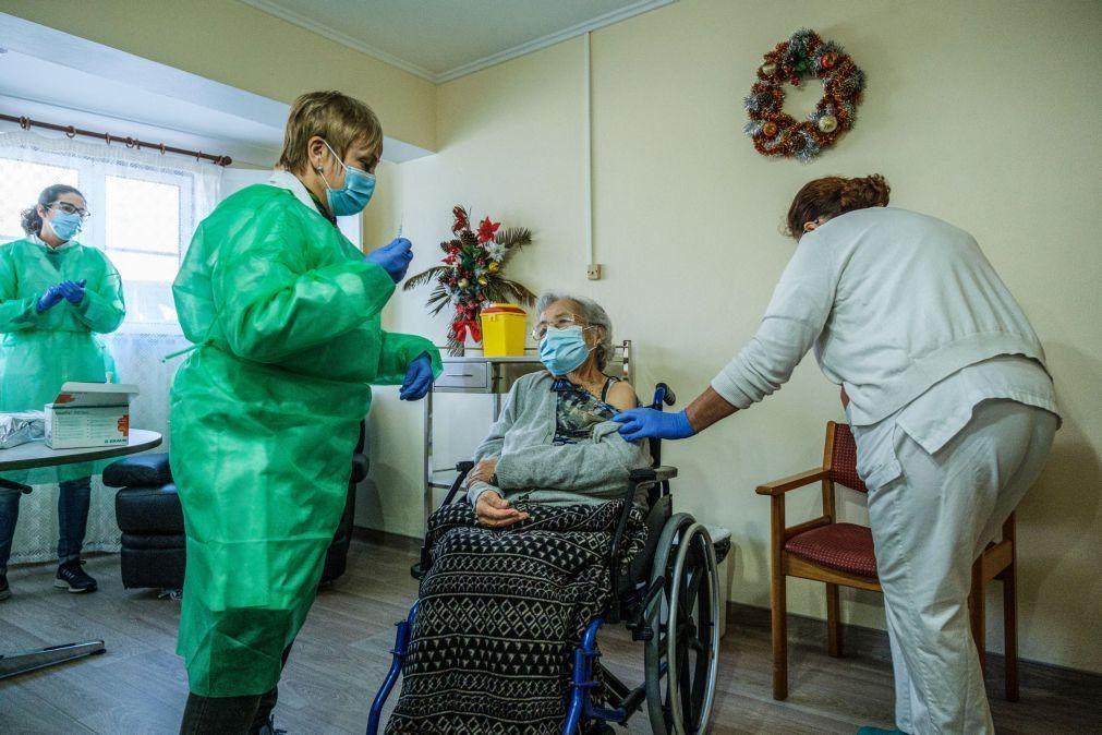 Covid-19: Mais de 100 mil pessoas já foram vacinadas em Portugal