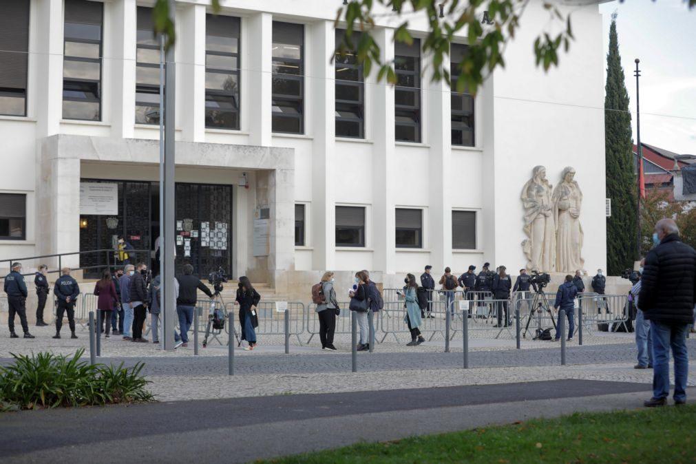 Tancos: Canceladas sessões após advogado ter testado positivo à covid-19