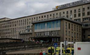 Covid-19: Hospital de Santa Maria alarga plano de contigência devido a pressão na urgência