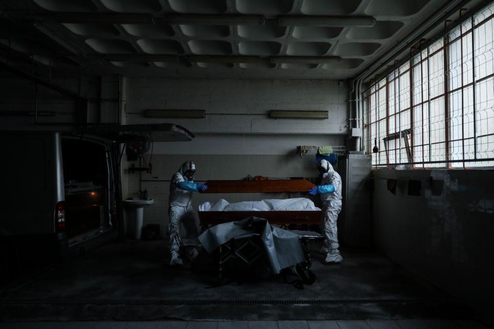 Covid-19: Médicos de saúde pública preocupados com impacto do excesso de mortalidade