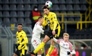 Borussia Dortmund e Leipzig empatam e podem ver fugir o líder Bayern Munique