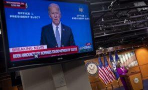 Biden conclui equipa do Departamento de Estado para