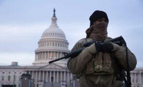 EUA/Eleições: Um muro, o país dividido e potencial terrorismo na capital