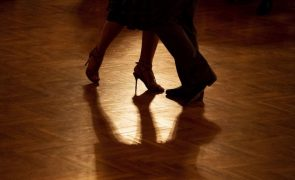 Covid-19: Morreu o coreógrafo do tango argentino Juan Carlos Copes