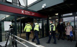 Polícia russa detém ativistas que viajavam para receber Alexei Navalny