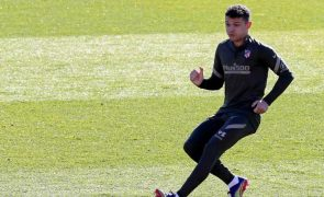 FIFA 'chumba' recurso por Kieran Trippier e futebolista vai cumprir suspensão