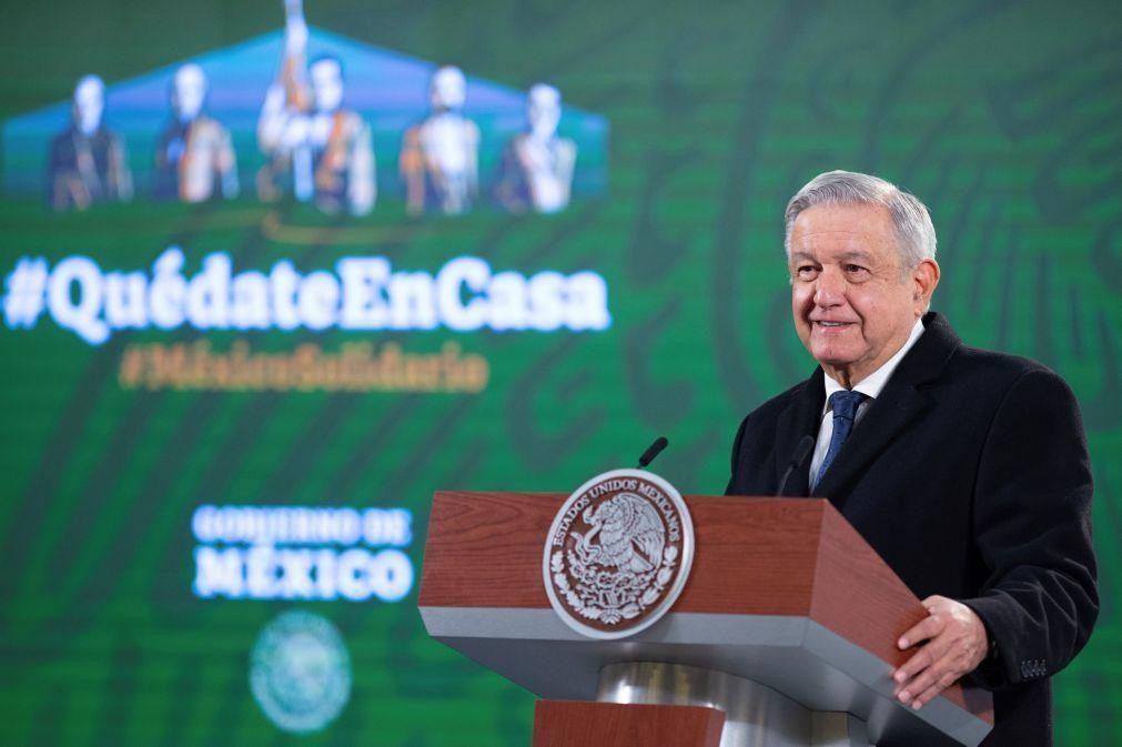 Migrações: Presidente mexicano espera que Biden cumpra reforma migratória