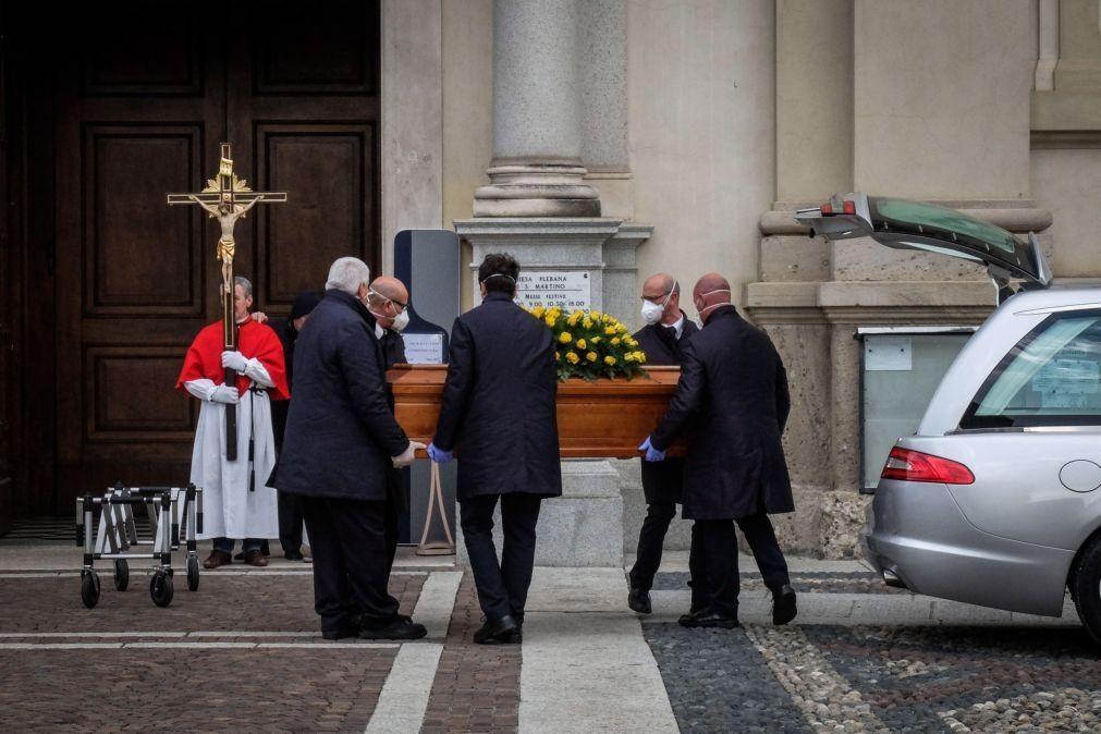 Covid-19:  Itália regista 8.824 infeções e 377 mortes com muitas regiões em alerta