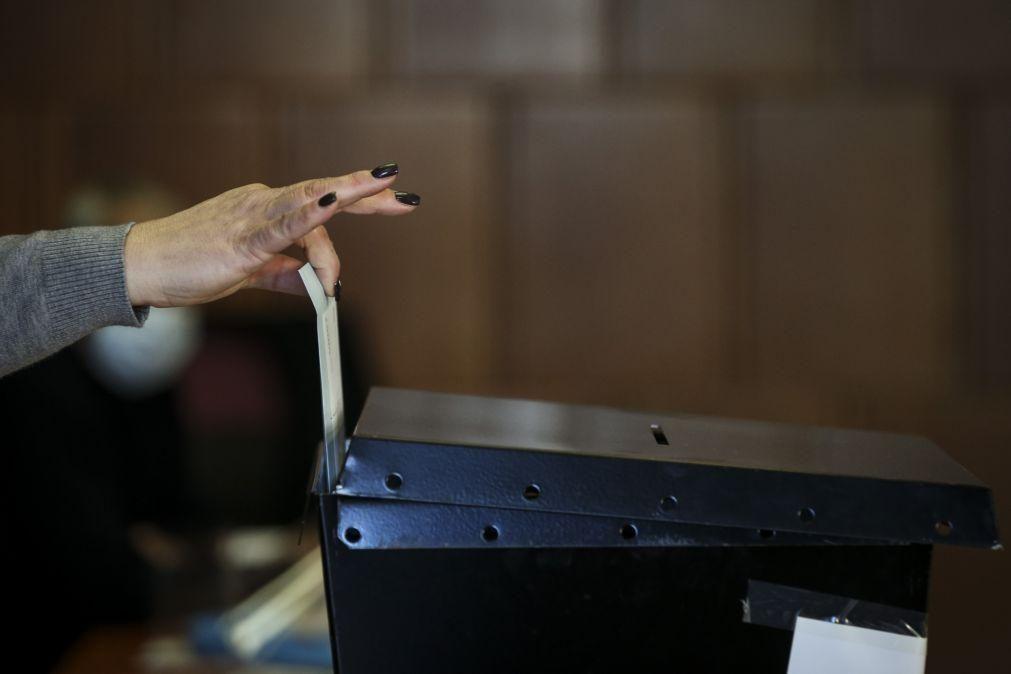 Costa assume deficiente organização do voto antecipado em alguns concelhos