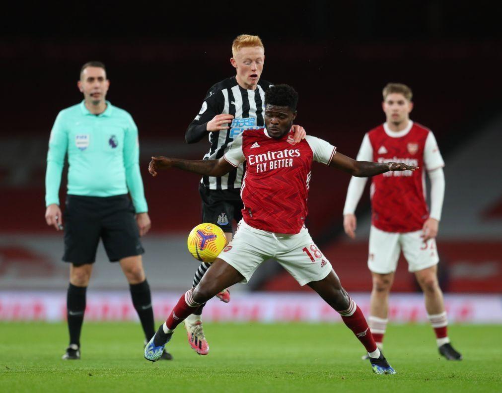 Arsenal vence Newcastle e soma quarto triunfo em cinco jornadas