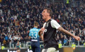 AC Milan confirma contratação de Mario Mandzukic