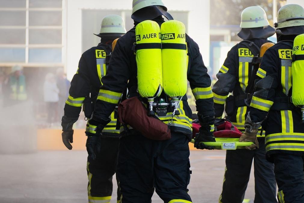 Morre em incêndio provocado por cobertor elétrico